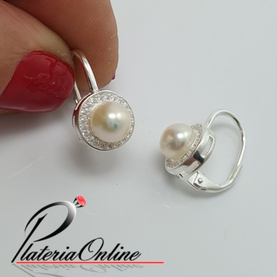 Aros perla brillosa con...
